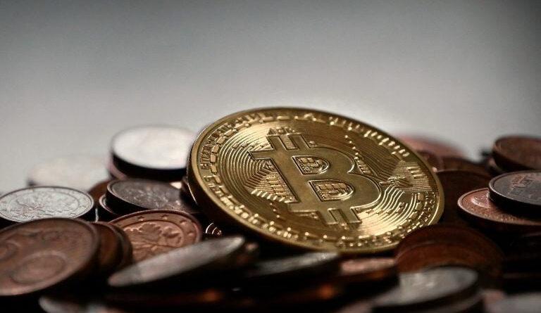 100k + BTC Tutan Bitcoin Balinaları 11 Ayın En Yüksek Seviyesine Yükseldi Eteryum