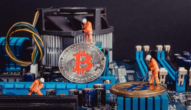 Bitcoin'in Çin Kaynaklı Hash Oranı %50'nin Altına Düşüyor Eteryum
